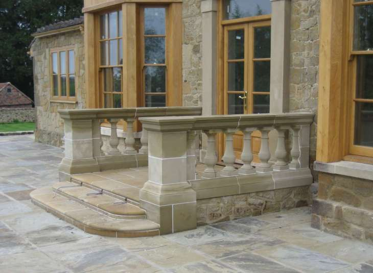 Wealden Sandstone Top Grade Masonry (WSTG) & Riven York stone Paving (YPR)