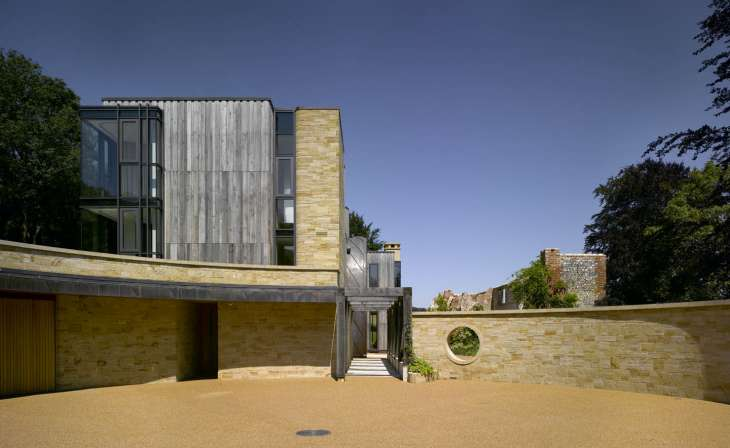 Tradional Tooled Wealden Sandstone Walling (TDTW) - Downley House Andrew Birds BPR Architects
